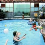 How to heat the pool water in an environmentally friendly manner