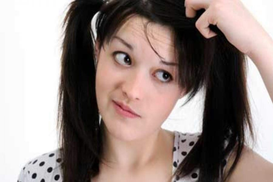 Most effective home hacks to get rid of the dandruff problem!